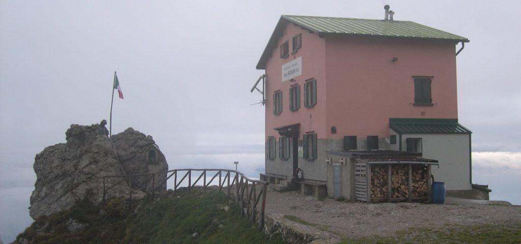 10 Rosalba